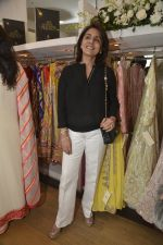 Neetu Singh at abusandeep store launch in bandra on 26th Feb 2016  (61)_56d18de036f8c.JPG
