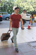 Shaan snapped at the airport in Mumbai on 26th Feb 2016