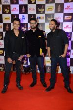 Abhijeet Sawant at radio mirchi awards red carpet in Mumbai on 29th Feb 2016 (178)_56d59d295431f.JPG