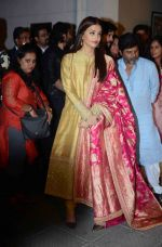 Aishwarya Rai Bachchan at the first look launch of Sarbjit in Delhi on 29th Feb 2016 (26)_56d5a664ad67a.JPG
