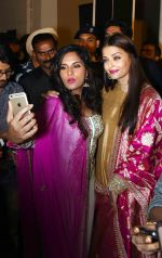 Aishwarya Rai Bachchan, Richa Chadda at the first look launch of Sarbjit in Delhi on 29th Feb 2016 (18)_56d5a785c8b62.JPG