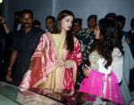 Aishwarya Rai Bachchan, Richa Chadda at the first look launch of Sarbjit in Delhi on 29th Feb 2016 (87)_56d5a78a6dba9.JPG