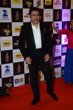 Govinda at radio mirchi awards red carpet in Mumbai on 29th Feb 2016 (215)_56d59e3094f06.JPG