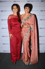 Kajol and Mandira Bedi at Hinduja launch in Mumbai on 29th Feb 2016 (40)_56d5430412d16.JPG