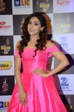 at radio mirchi awards red carpet in Mumbai on 29th Feb 2016 (164)_56d59e1ee4d22.JPG
