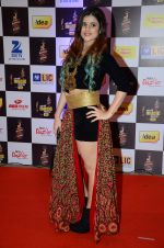 at radio mirchi awards red carpet in Mumbai on 29th Feb 2016 (373)_56d59e475ca24.JPG