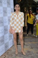 Perina Qureshi at Arpita Mehta_s fashion preview in Le15 Cafe Colaba on 1st March 2016 (76)_56d6945c958e2.JPG