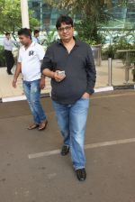 Vashu Bhagnani snapped at airport on 1st March 2016 (8)_56d695315fb3e.JPG