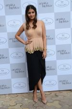 at Arpita Mehta_s fashion preview in Le15 Cafe Colaba on 1st March 2016 (33)_56d6943e0dd96.JPG