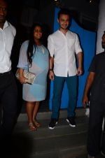 Arpita Khan at dinner party in Mumbai on 2nd March 2016 (26)_56d8459e3949c.JPG