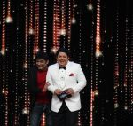 Kapil Sharma cheers the Finalists in India_s Best Dramebaaz Grand Finale on 3rd March 2016 (2)_56d99de617aae.jpg
