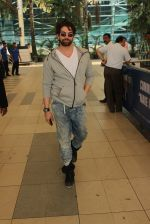 Neil Mukesh snapped at airport on 3rd MArch 2016 (19)_56d9a7f8d9c2c.JPG