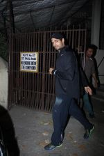 Sidharth Malhotra snapped in Bandra on 3rd March 2016 (3)_56d9a82137a19.JPG