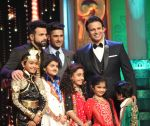 Vivek Oberoi at India_s Best Dramebaaz Grand Finale on 3rd March 2016  (1)_56d99e289655a.jpg