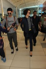 Kangana Ranaut, Shahid Kapoor snapped at airport on 4th March 2016