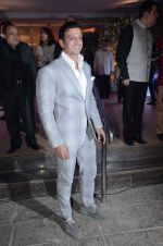 Timmy Narang at Kresha Bajaj_s wedding reception on 4th March 2016 (46)_56daf52692c0c.JPG