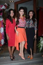 Urvashi Rautela at Fuel Fashion Store on 4th March 2016 (47)_56daf3571c148.JPG