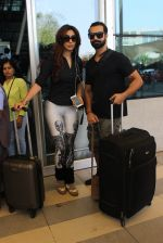 Ashmit Patel snapped at airport on 5th March 2016 (4)_56dc20a114897.JPG