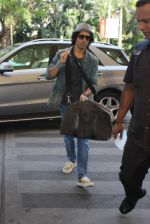 Farhan Akhtar snapped at airport on 5th March 2016