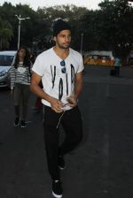 Sidharth Malhotra snapped at airport on 5th March 2016