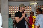 Hrithik Roshan and family snapped at Shiv Ratri celebrations on 7th March 2016