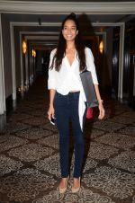 Lisa Haydon at Lakme Fashion Week Preview on 8th March 2016 (4)_56e00bac4b4d0.JPG