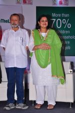 Pankaj Kapur, Supriya Pathak At Ariel Debate On Women_s Day on 8th March 2016 (23)_56e00d582bdda.JPG