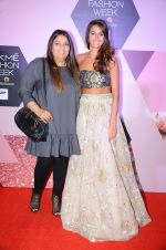 Shibani Dandekar at Lakme Fashion Week Preview on 8th March 2016 (79)_56e00cbf218bb.JPG