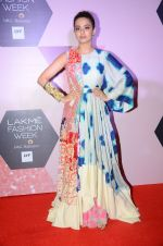 Surveen Chawla at Lakme Fashion Week Preview on 8th March 2016 (125)_56e00c9568608.JPG