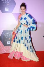 Surveen Chawla at Lakme Fashion Week Preview on 8th March 2016 (126)_56e00c96b39aa.JPG