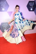 Surveen Chawla at Lakme Fashion Week Preview on 8th March 2016 (127)_56e00c98346a5.JPG