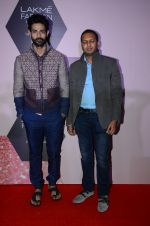 at Lakme Fashion Week Preview on 8th March 2016 (115)_56e00bcd3caaa.JPG