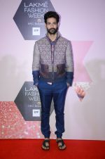 at Lakme Fashion Week Preview on 8th March 2016 (116)_56e00bce9cf13.JPG