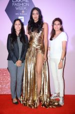 at Lakme Fashion Week Preview on 8th March 2016 (60)_56e00baaea8bb.JPG