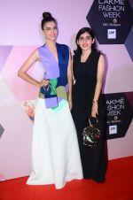 at Lakme Fashion Week Preview on 8th March 2016 (106)_56e00bc5b0ede.JPG