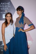 at Lakme Fashion Week Preview on 8th March 2016 (139)_56e00be9ab15a.JPG