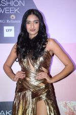at Lakme Fashion Week Preview on 8th March 2016 (65)_56e00bb4c972f.JPG
