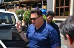 Rishi Kapoor snapped in Bandra on 9th March 2016 (1)_56e165bfb166d.JPG