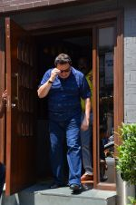 Rishi Kapoor snapped in Bandra on 9th March 2016