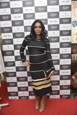 Shweta Salve at a Special Charity Project by Kiehl_s on 9th March 2016 (154)_56e16cf3042fd.JPG