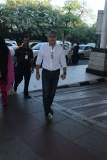 Anupam Kher snapped at airport on 10th March 2016 (7)_56e26c1036dac.JPG