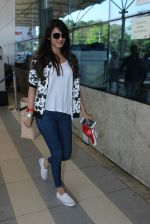 Sonal Chauhan snapped at airport on 10th March 2016