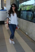 Sonal Chauhan snapped at airport on 10th March 2016 (25)_56e26c8cc996f.JPG