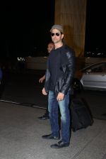 Hrithik Roshan leave for IIFA Awards press meet on 13th March 2016