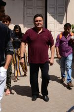 Rishi Kapoor at Kapoor N Sons promotions in Mumbai on 13th March 2016 (47)_56e5767dea8d2.JPG