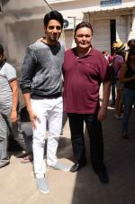 Rishi Kapoor, Sidharth Malhotra at Kapoor N Sons promotions in Mumbai on 13th March 2016