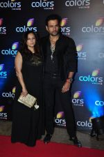 Rohit Roy,Manasi Joshi Roy at Colors red carpet on 12th March 2016