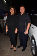 Rishi Kapoor, Neetu Singh at Karan Johar_s screening for Kapoor n Sons on 13th March 2016 (49)_56e6a9c6bfeae.JPG