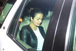 Amrita Arora at the dinner party in kareena house on 14th March 2016 (7)_56e7b4553969d.JPG