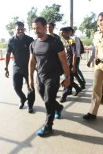 Aamir Khan snapped at airport on 17th March 2016